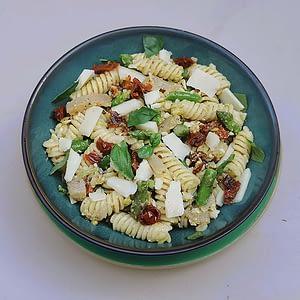 Salade de Fusilli & thon fumé à l'italienne
